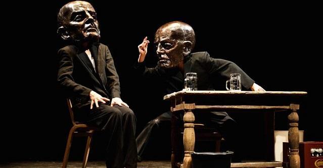 'Antiwords' a teatro: meno si parla, o si scrive, meglio è