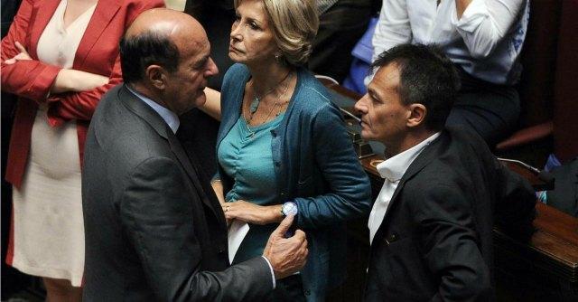 """Jobs act, Fassina: """"Vado in piazza"""". Fiom: """"Chi vota la fiducia non è gradito"""""""