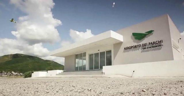 L'Aquila, sequestrata zona dell'aeroporto degli sprechi: da scalo a discarica abusiva