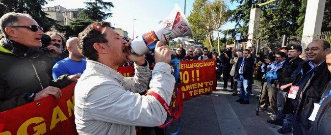 """ThyssenKrupp, lavoratori dell'Ast di Terni alla Leopolda. Renzi: """"Mi impegno"""""""