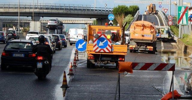 Autostrade, il regalo del ministro Lupi ai concessionari vale 6 miliardi l'anno