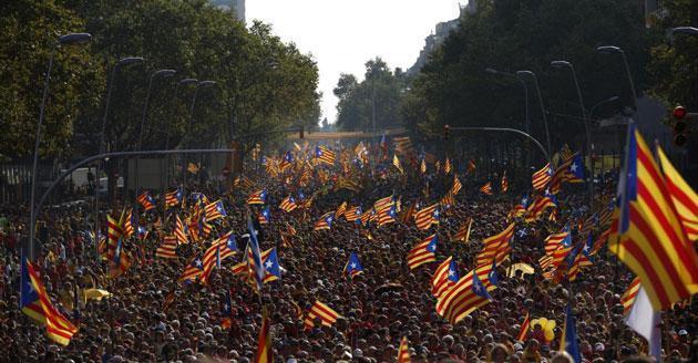 Barcellona, marziani della politica vs giovani leader