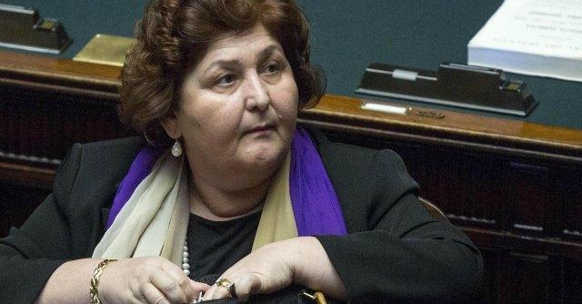 """Governo, M5s: """"Dimissioni sottosegretario Bellanova. False dichiarazioni in pubblico"""""""