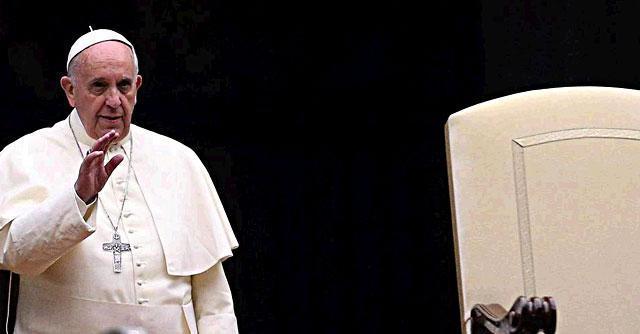 """Sinodo per la famiglia, Bergoglio: """"Prestare attenzione ai battiti di questo tempo"""""""