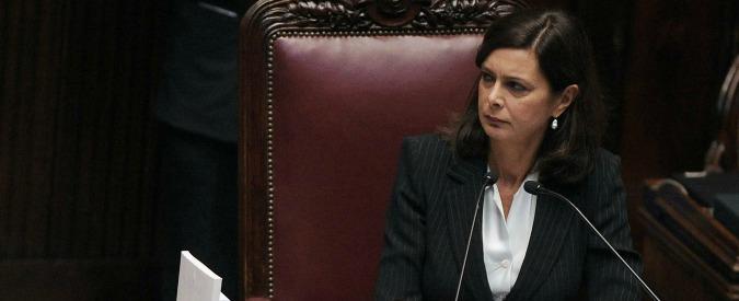 """Foibe, governo dà medaglia al """"fascista repubblichino"""". Boldrini: """"Non c'entro"""""""