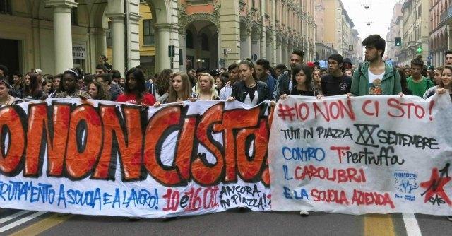 Corteo studenti Bologna