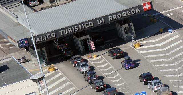 Frontalieri, la Svizzera vuole imporre tasse uguali a quelle applicate in Italia