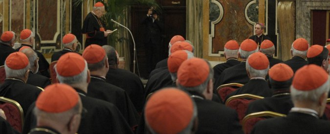 Gay, utero in affitto e divorzi: dopo il Sinodo la polemica continua tra cardinali