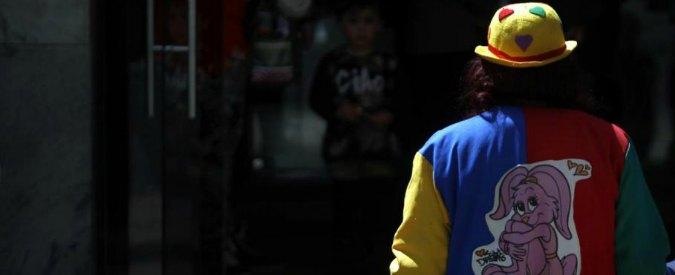 Clown assassini, psicosi anche in Francia: aggressioni e ronde anti-pagliacci