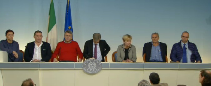 Ast Terni, governo incontra sindacati. In diretta la conferenza