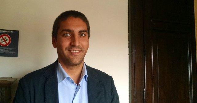 """M5s: espulso Fabbri, sindaco Comacchio. Lui: """"Deriva fascista del Movimento"""""""