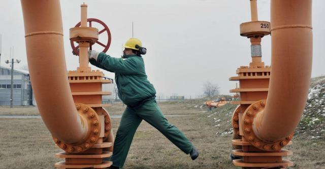 Energia, le tensioni nell'Est Europa rischiano di pesare due volte sulle bollette