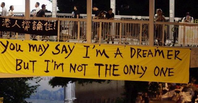 Hong Kong, giovani chiedono più giustizia sociale. Quando accadrà anche in Italia?