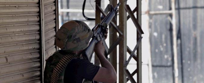 Isis, scontri in Libano tra militari e jihadisti: quasi 40 morti e decine di feriti