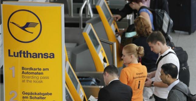 Sciopero aerei Lufthansa, piloti protestano per pensioni: oltre 1400 voli cancellati