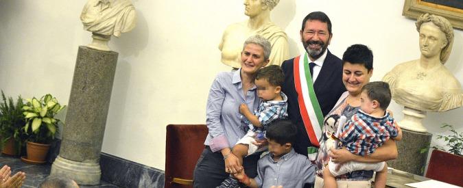 Unioni gay, prefetto di Roma invia a Marino l'annullamento per 16 trascrizioni