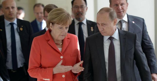 """Asem, bilaterale Putin-Poroshenko su gas. Mosca: """"Intesa almeno per l'inverno"""""""