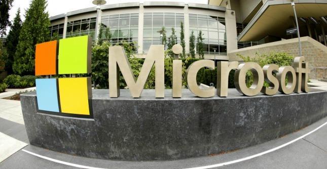 """Microsoft ai dipendenti in Germania: """"Lavorate da casa e quando volete"""""""
