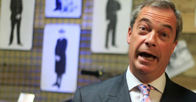Efdd, polemiche in Uk vs eurodeputato polacco. Ma Farage lo difende
