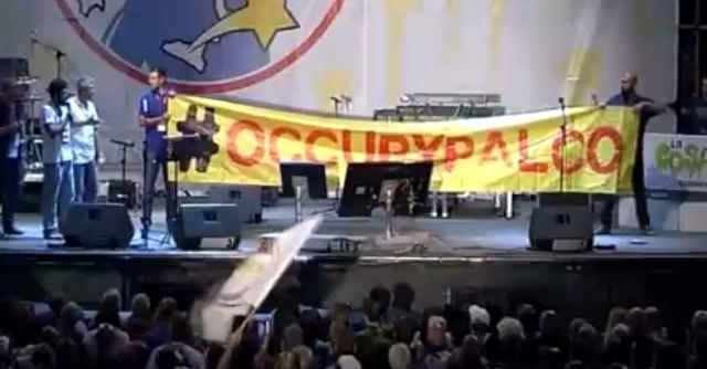 """Circo Massimo M5S, tre attivisti protestano sul palco: """"Chiediamo più trasparenza"""""""
