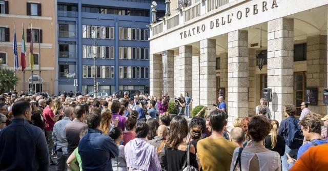 """Opera di Roma, """"il cda non vuole lasciare a casa nessuno"""". Cgil: """"Protesta nazionale"""""""