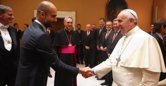 "Roma-Bayern, Papa Francesco ai tedeschi: ""Gara meravigliosa"". Sfottò sul web"