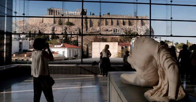 Partenone, per la restituzione dei fregi alla Grecia lavora anche la signora Clooney