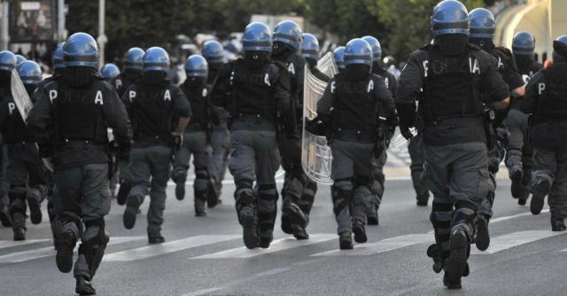 Dl Stadi, solo un terzo degli straordinari di polizia saranno pagati dai club di calcio