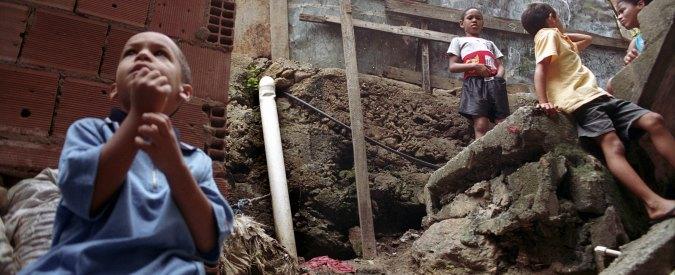 """Oxfam: """"Crisi, ricchi raddoppiati. 12% della popolazione consuma 85% di acqua"""""""