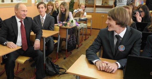 """Mosca: """"Stop a nostri studenti negli Usa"""". E gli Stati Uniti assegnano i posti agli ucraini"""