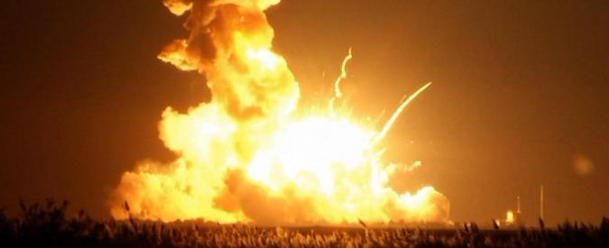 """Usa, razzo esplode dopo sei secondi dal lancio. Nasa: """"Anomalia catastrofica"""""""