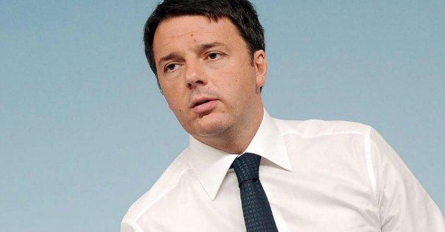 Documento pro Renzi, la maggioranza fa carte false: le firme non sono autentiche