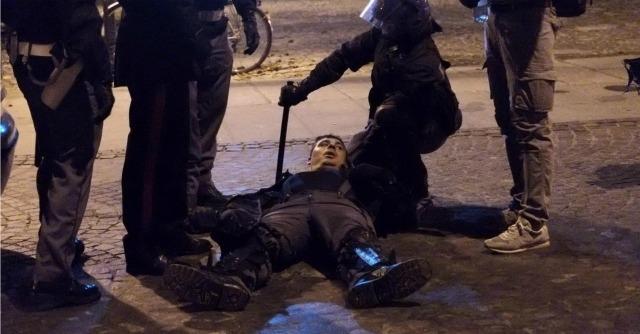 """Scontri Bologna, 19 feriti tra forze dell'ordine. Merola: """"Niente di antifascista"""""""