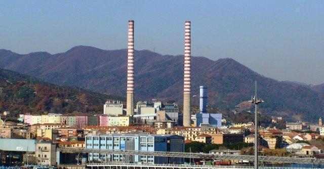 """Tirreno Power, l'azienda: """"Modificare prescrizioni ambientali o chiudiamo"""""""