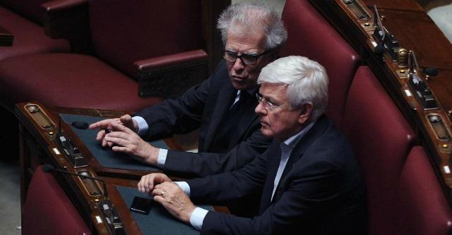 Renzi, al Senato serve di nuovo il pallottoliere. Pronto il soccorso azzurro