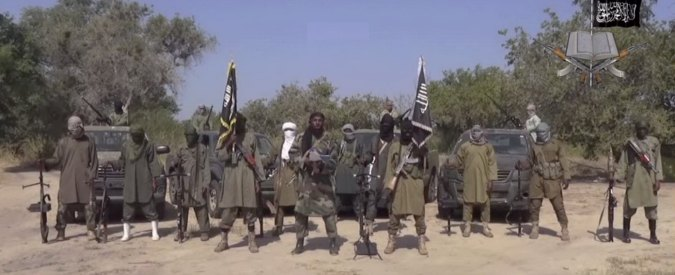 """Nigeria, cinque bambine costrette a fare le kamikaze. """"Morte 14 persone"""""""