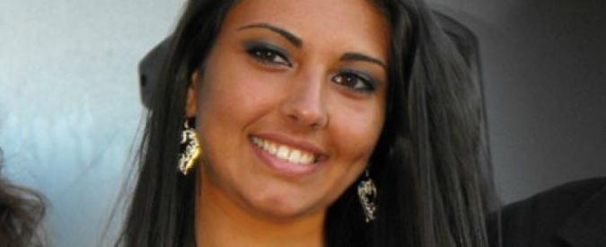 Giovane Miss trovata senza vita nel letto: forse un malore. Indaga la polizia