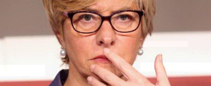 """Armi italiane all'Arabia Saudita, il ministro Pinotti sotto accusa: """"Il nostro paese alimenta la guerra"""""""