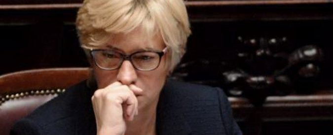 """Libia, Pinotti: """"Tempo stringe, intervenire entro la primavera ma con gli alleati"""""""