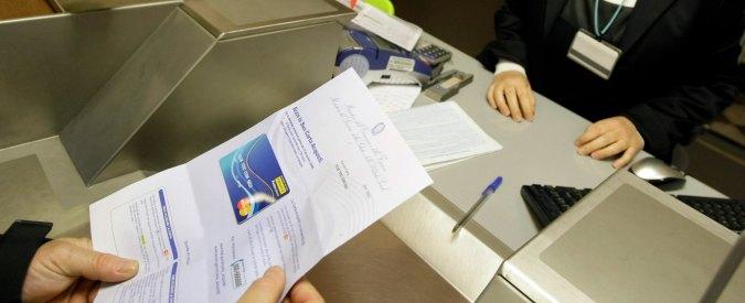 """Social card a immigrati, Ncd contro il Pd: """"Il governo ritiri l'emendamento"""""""