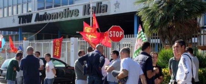 """Trw chiude a Livorno, lettera ai 450 operai: """"Fuori entro dicembre, conviene"""""""