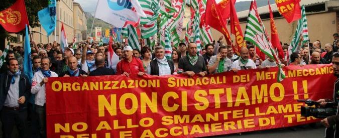 """Acciaierie Ast, azienda a operai: """"Fermate lo sciopero e pagheremo gli stipendi"""""""