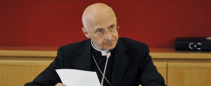 """Teoria gender, il cardinale Bagnasco: """"Edifica un transumano senza identità"""""""
