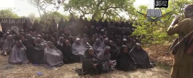 """Boko Haram: """"Convertite e date in sposa le duecento studentesse rapite"""""""