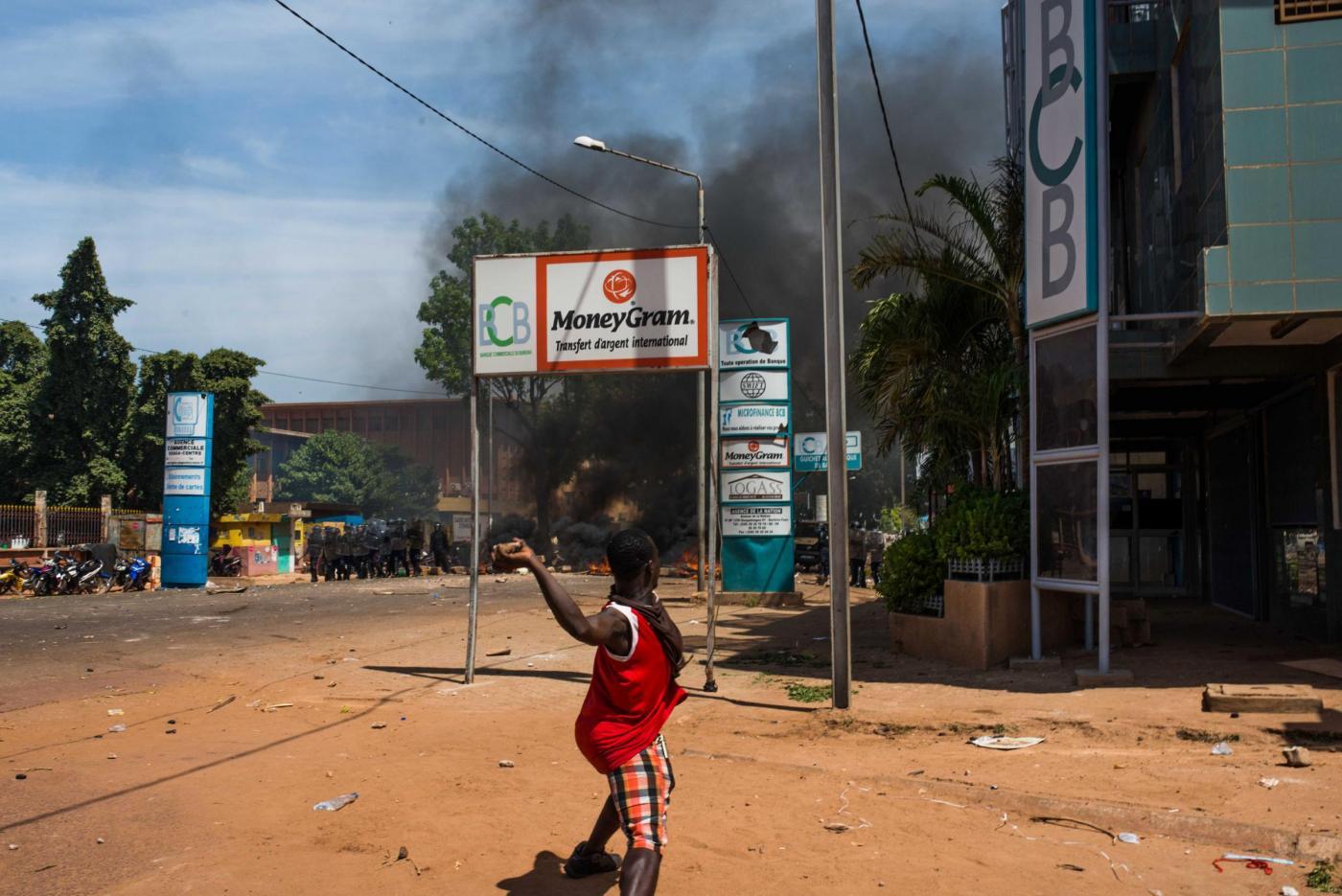 Burkina Faso, proteste contro presidente: scontri