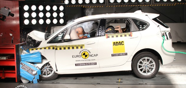 crash test BMW Serie 2 Active Tourer