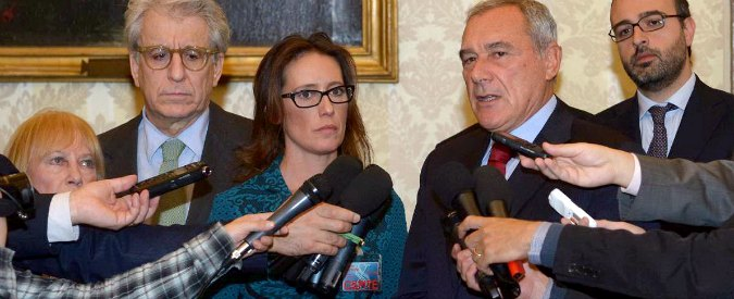 Stefano Cucchi, senatori Pd: 'Noi con la famiglia'. Ilaria: 'Commossa da Renzi'