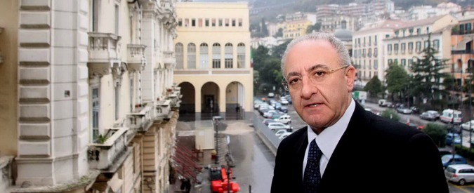 Salerno, rinviato a giudizio il sindaco Vincenzo De Luca per il caso Crescent