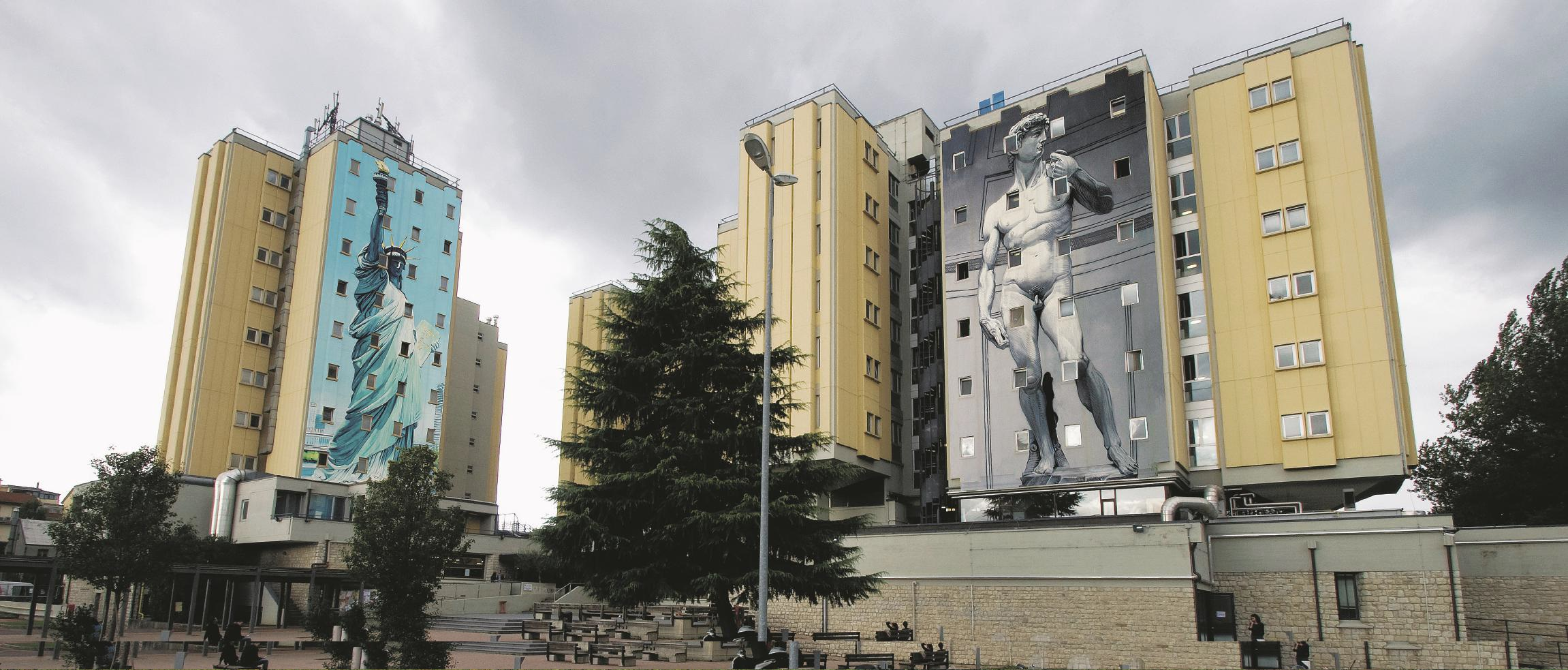 DOPO. Casa dello studente, Firenze. (Bozzetto di Gionata Gesi (Ozmo))  Ozmo, all'anagrafe Gionata Gesi, dopo un debutto nel mondo del fumetto ha iniziato a realizzare opere di Street Art nel 2001, a partire dalle pareti del Leoncavallo di Milano. Ha lavorato in varie parti del mondo, sia in strada che in gallerie e musei. In questi periodo è negli Stati Uniti. Sul Fatto Quotidiano di lunedì 10 novembre 2014