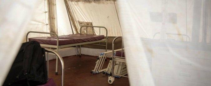 Ebola, primo italiano contagiato: è un medico di Emergency